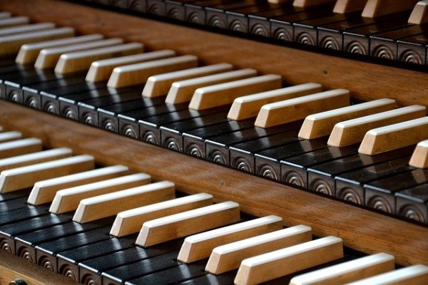 organ-4355592_640