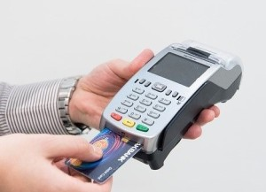 credit-card-machine-4577768_640
